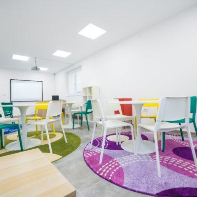 Produženi boravak za decu - Radni prostor
