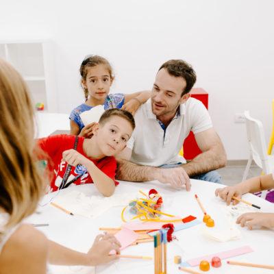 Produženi boravak za decu - Kreativne aktivnosti